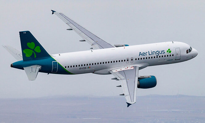 Aer Lingus A320 in flight